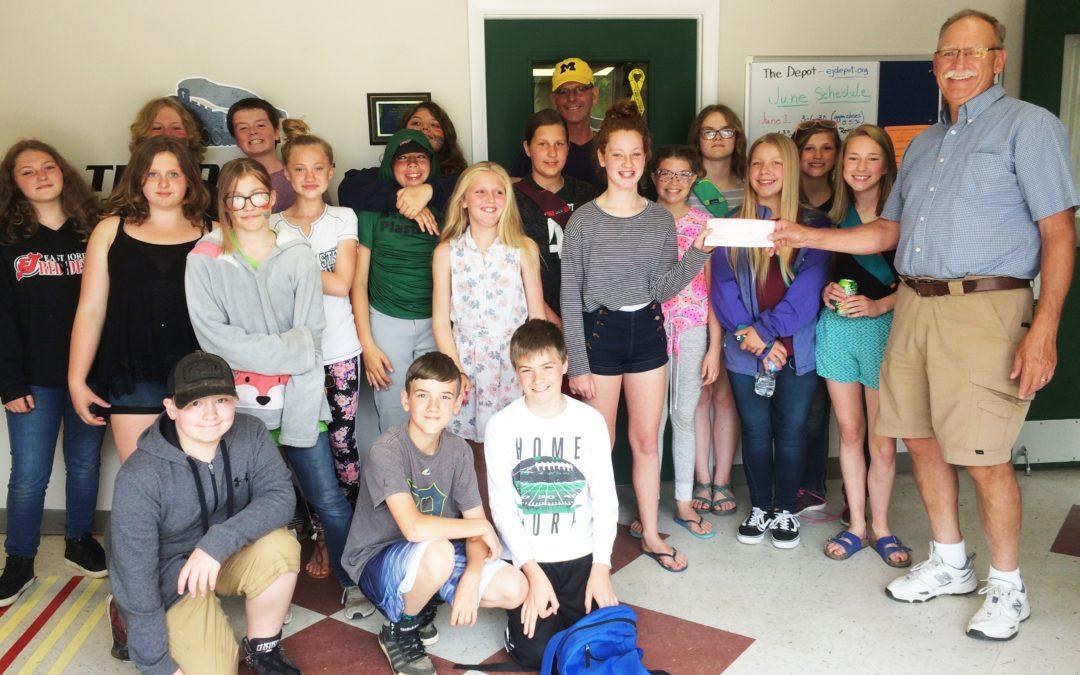 East Jordan 6th Grade Donates $1,000